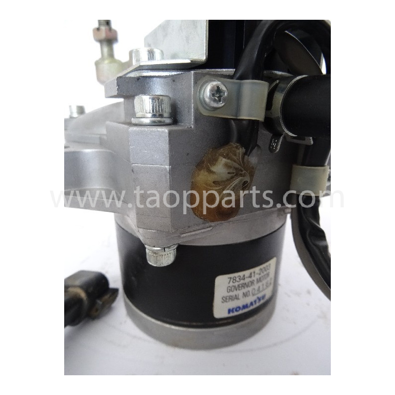 Motor eléctrico desguace Komatsu 7834-41-2003 para PC210-7 · (SKU: 2463)