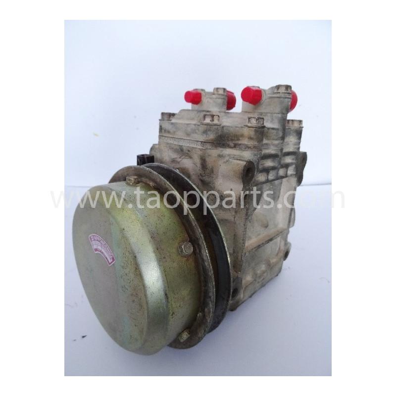 Compresseur Komatsu 425-963-1130 pour WA600-1 · (SKU: 2668)