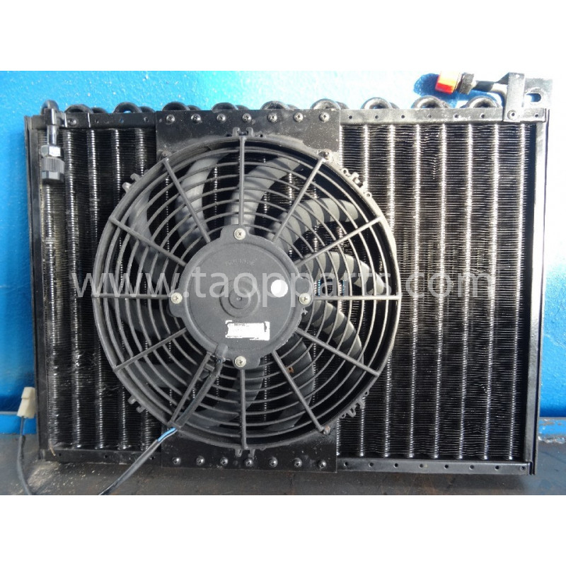 Condensador Komatsu 42N-07-11141 para WB97R-5 · (SKU: 2753)