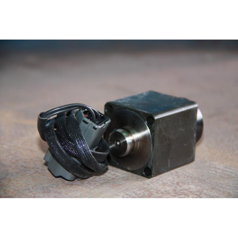 Solenoide Komatsu 6553-81-3220 de Dumper Rigido Extravial HD465-5 · (SKU: 400)