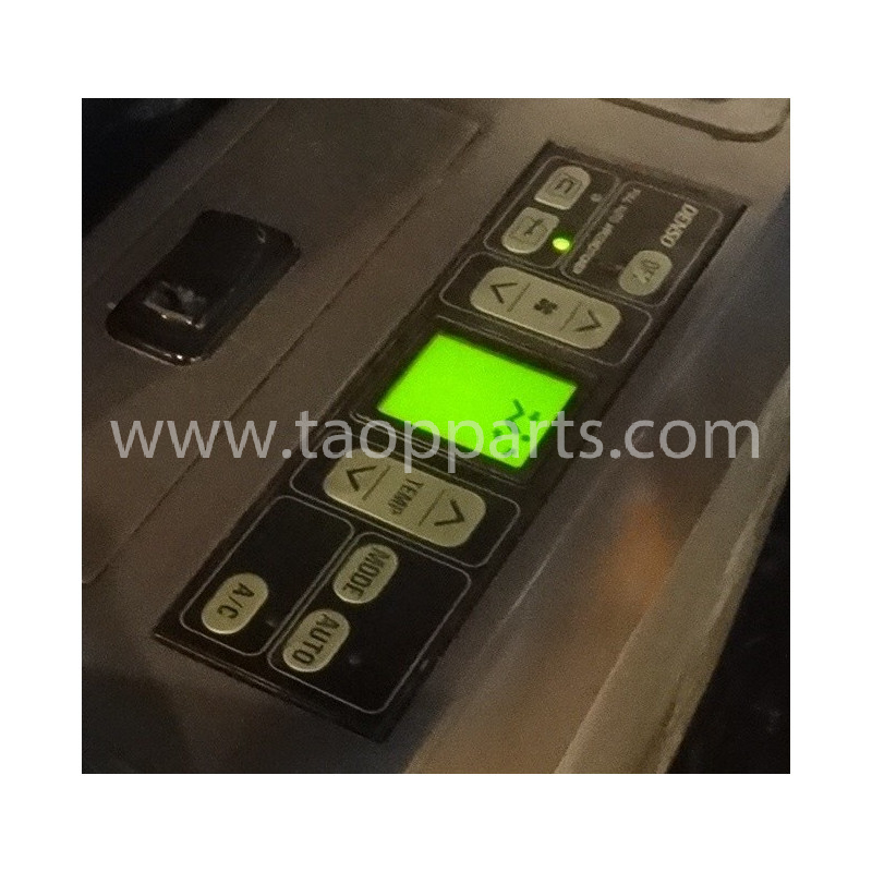 Komatsu Controller 208-979-7630 for PC210-7 · (SKU: 3204)