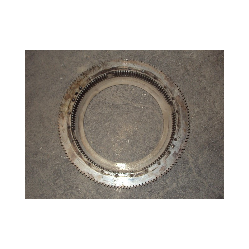 boitier Komatsu 561-15-52671 pour HD785-3 · (SKU: 412)