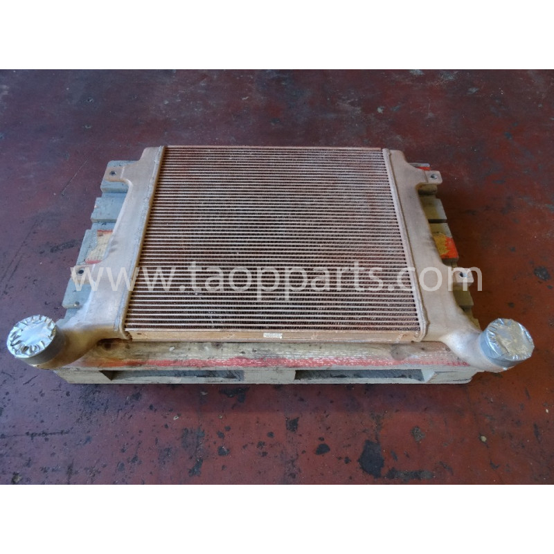 Postenfriador usado Komatsu 56D-03-21110 para HM300-2 · (SKU: 3340)