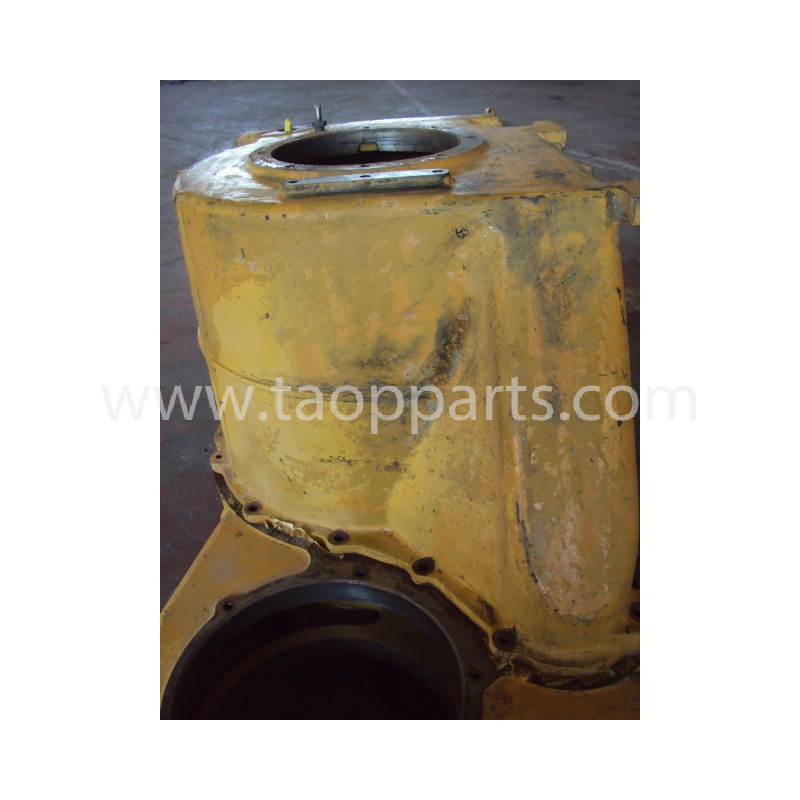 Komatsu Housing 426-15-00100 for WA600-1 · (SKU: 420)
