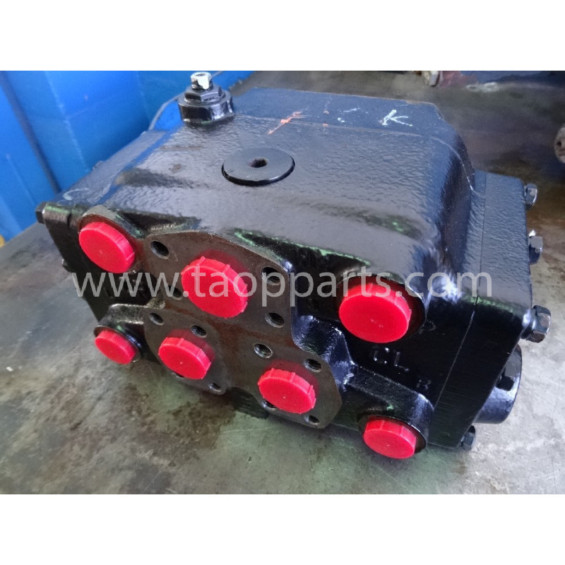 Valvula usada 56B-40-13700 para Dumper Articulado Komatsu · (SKU: 3383)