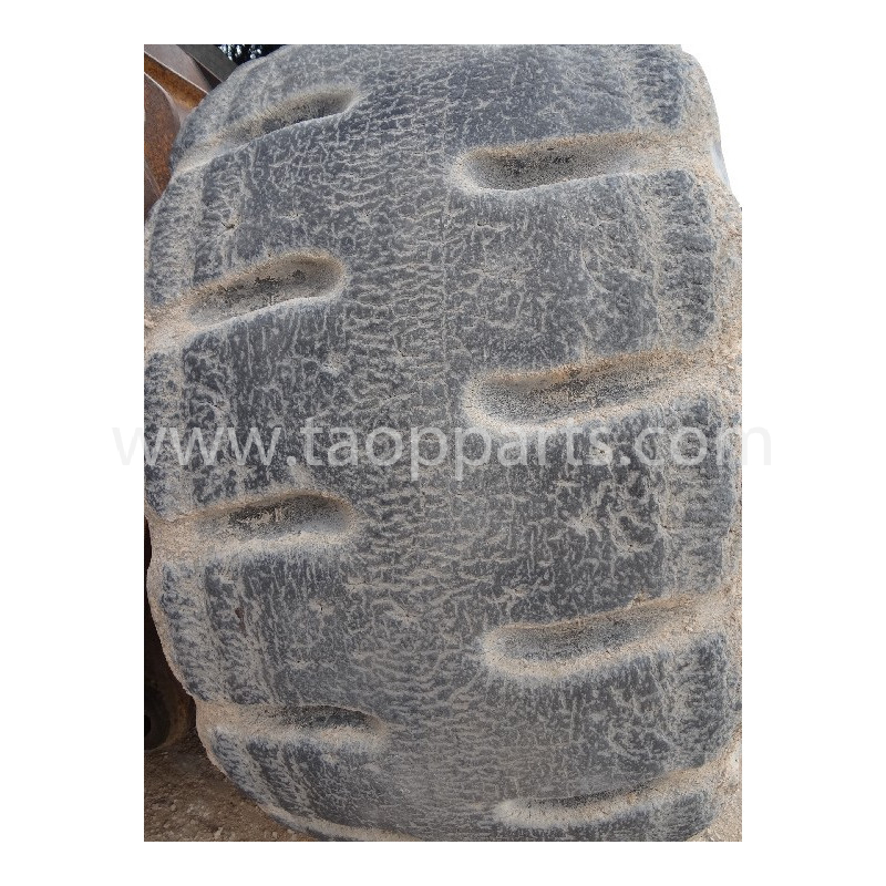 Neumático Radial BRIDGESTONE 35/65R33 · (SKU: 3411)