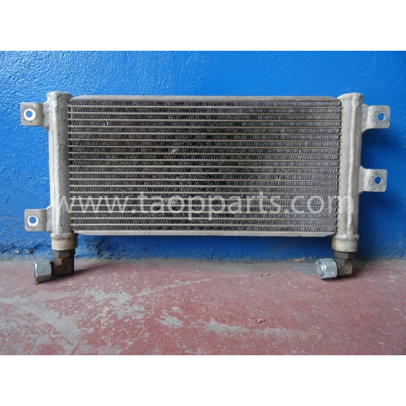 Enfriador de aceite hydraulico usado Komatsu 423-03-31321 para WA380-5H · (SKU: 3603)