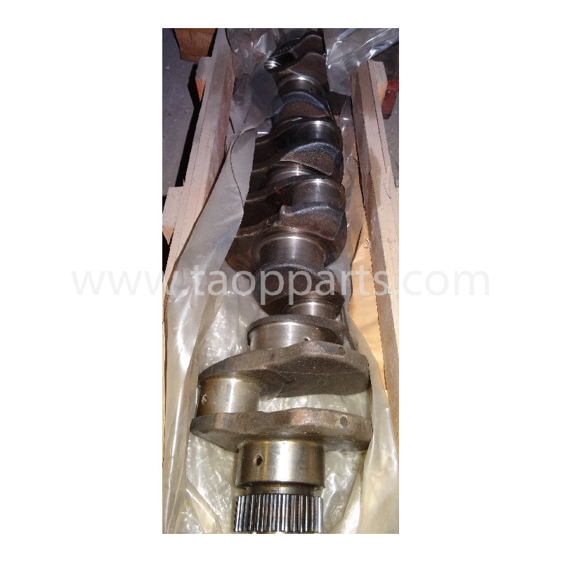 Komatsu Crankshaft 6222-31-1102 for PC340-6 · (SKU: 209)