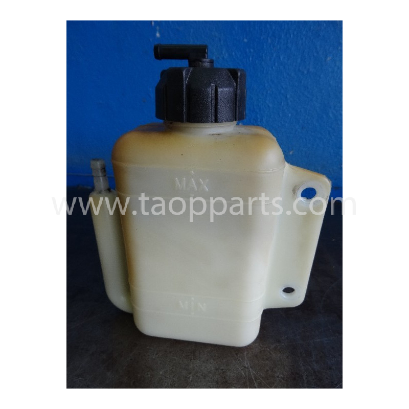 Deposito agua Komatsu 22L-09-R3810 para SK815 · (SKU: 3777)