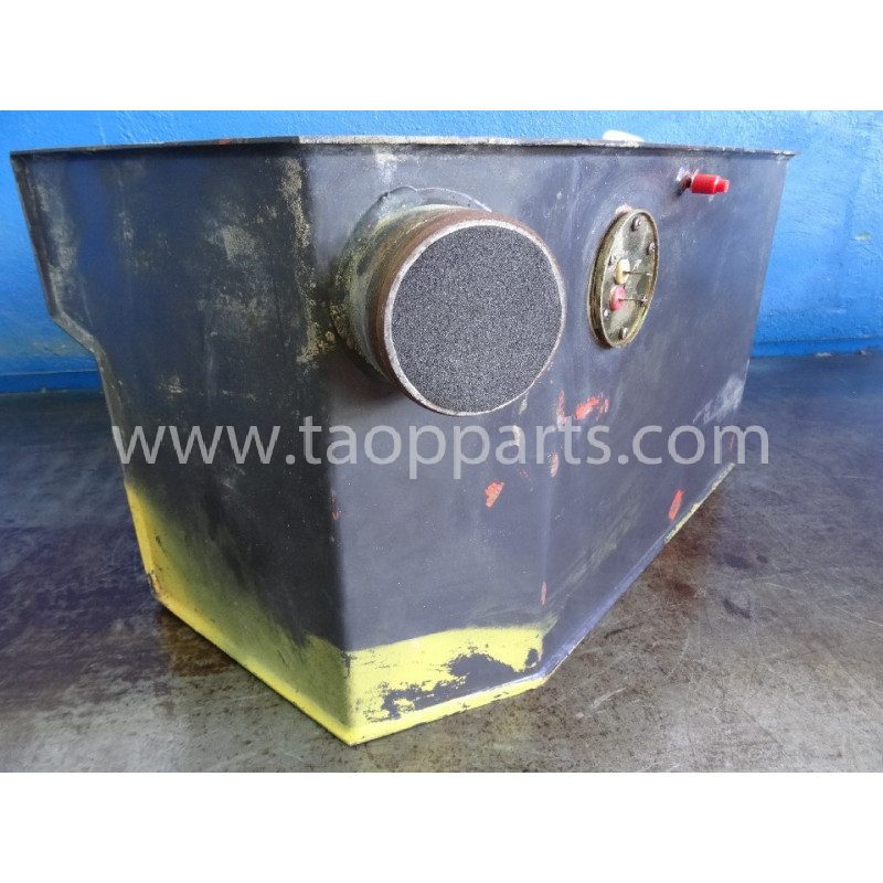 Komatsu Fuel Tank 200250444 for SK07 · (SKU: 3838)