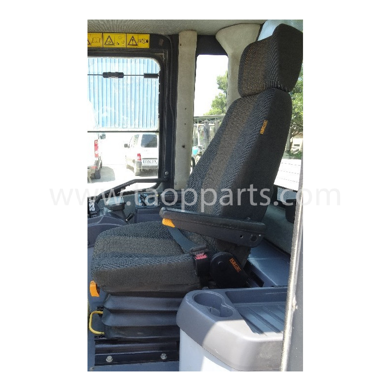 Asiento de conductor Komatsu 421-57-31110 para WA470-5 · (SKU: 3942)