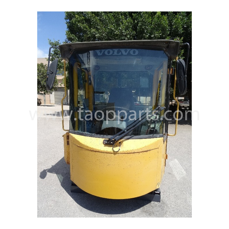 Volvo Cab 33503 for L150C · (SKU: 3949)