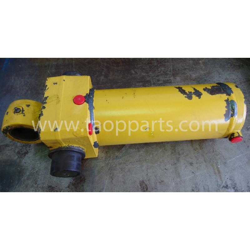 Komatsu cylinder 395005006 for WB91R · (SKU: 3984)