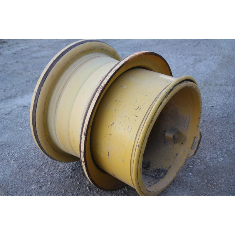 JANTE 26.5 R25 Komatsu 421-30-H1150 pour WA470-6 · (SKU: 450)