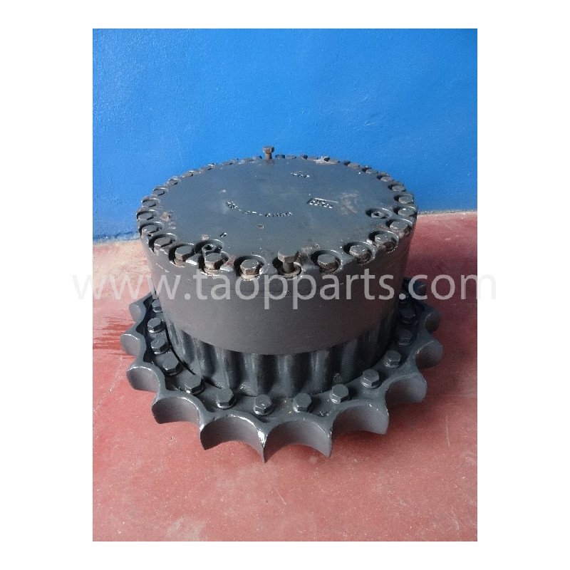 Komatsu Final drive 55555-00015 for PC450-6 ACTIVE PLUS · (SKU: 4150)