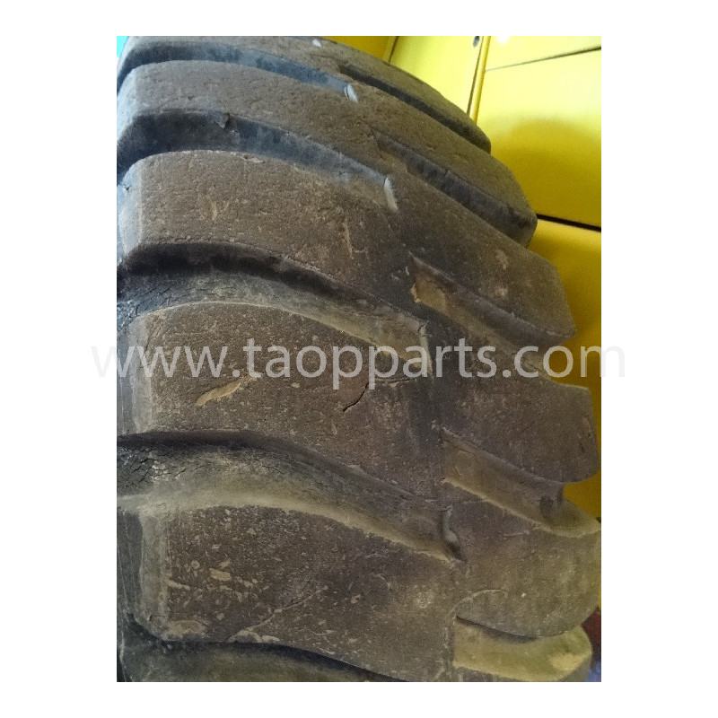 BRIDGESTONE Radial tyres 20.5 R25 · (SKU: 4214)
