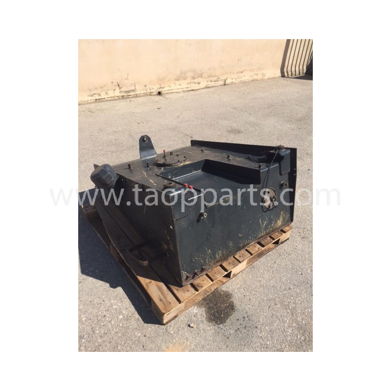 Deposito Gasoil usado Komatsu 421-04-H1410 para WA470-5 · (SKU: 4262)
