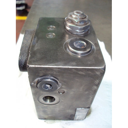 used Valve 421-43-27401 for...