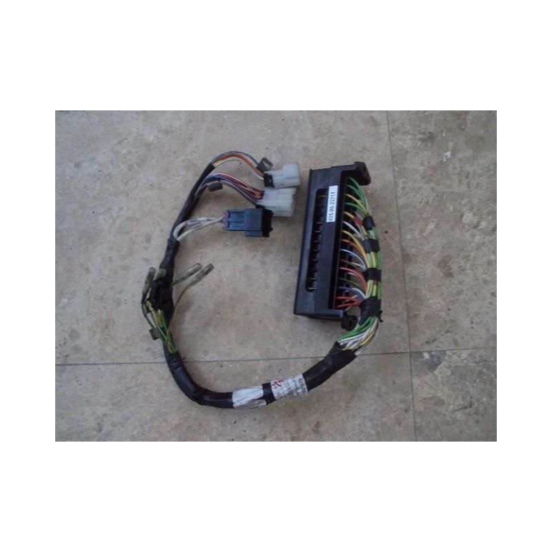 Boite a fusibles [usagé|usagée] 425-06-22711 pour Chargeuse sur pneus Komatsu · (SKU: 464)