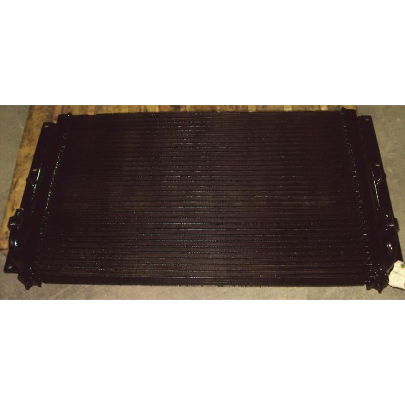 Refroidisseur convertisseur Komatsu 425-03-21910 pour WA500-3 · (SKU: 476)