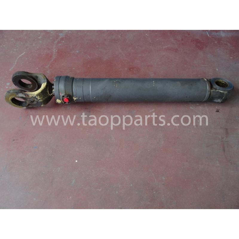 Volvo Lift cylinder 11107308 for L90D · (SKU: 4188)