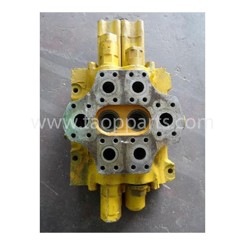 distributore idraulico Komatsu 700-92-17002 del WD600 · (SKU: 234)