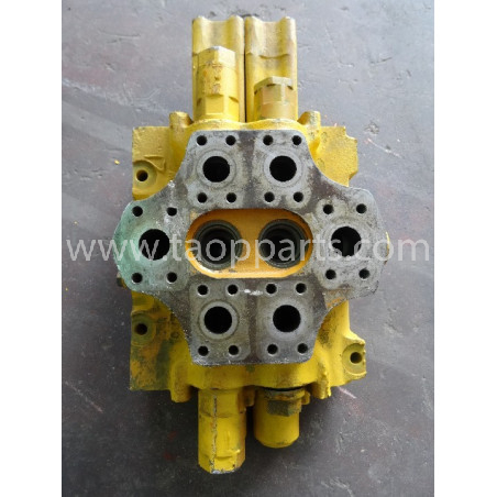 Komatsu Main valve...