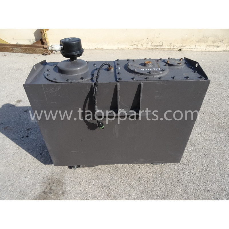 Volvo Hydraulic Tank 11094524 for L220D · (SKU: 4571)