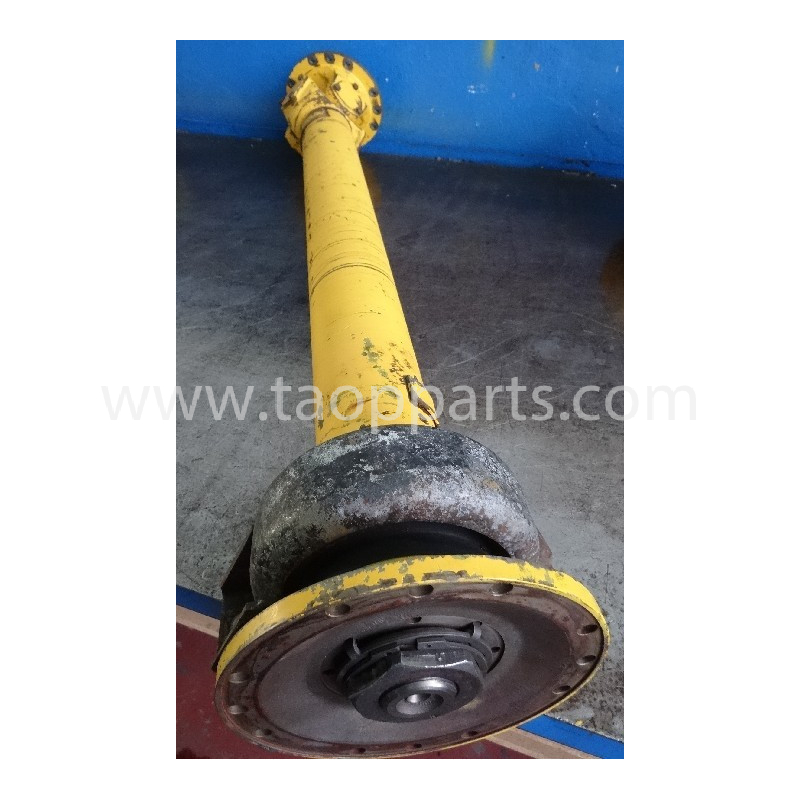 Volvo Cardan shaft 11025019 for L150C · (SKU: 4597)