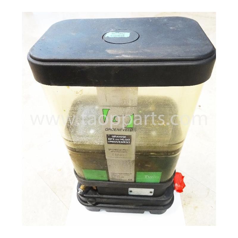 Komatsu Grease pump 421-S95-2110 for WA500-3 · (SKU: 4665)