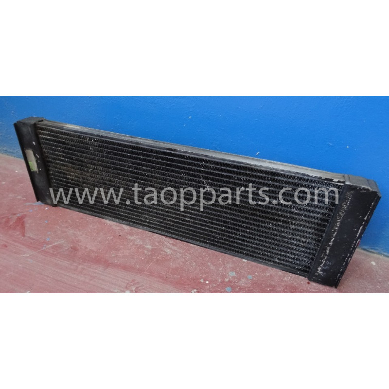 Volvo Hydraulic oil Cooler 11033360 for L150C · (SKU: 4675)