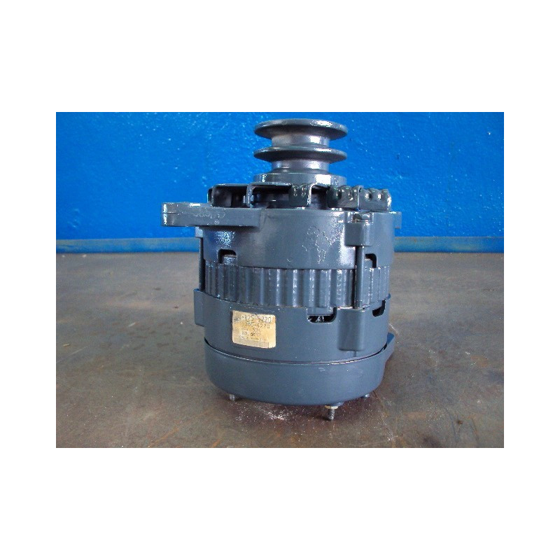 Komatsu Alternator 600-825-5220 for WA470-6 · (SKU: 511)