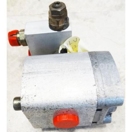 Pompa Volvo 11702596 pentru L220D · (SKU: 4679)