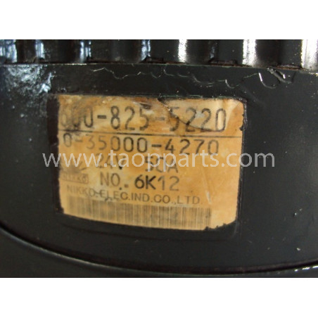 Komatsu Alternator 600-825-5220 for WA470-6 · (SKU: 511)