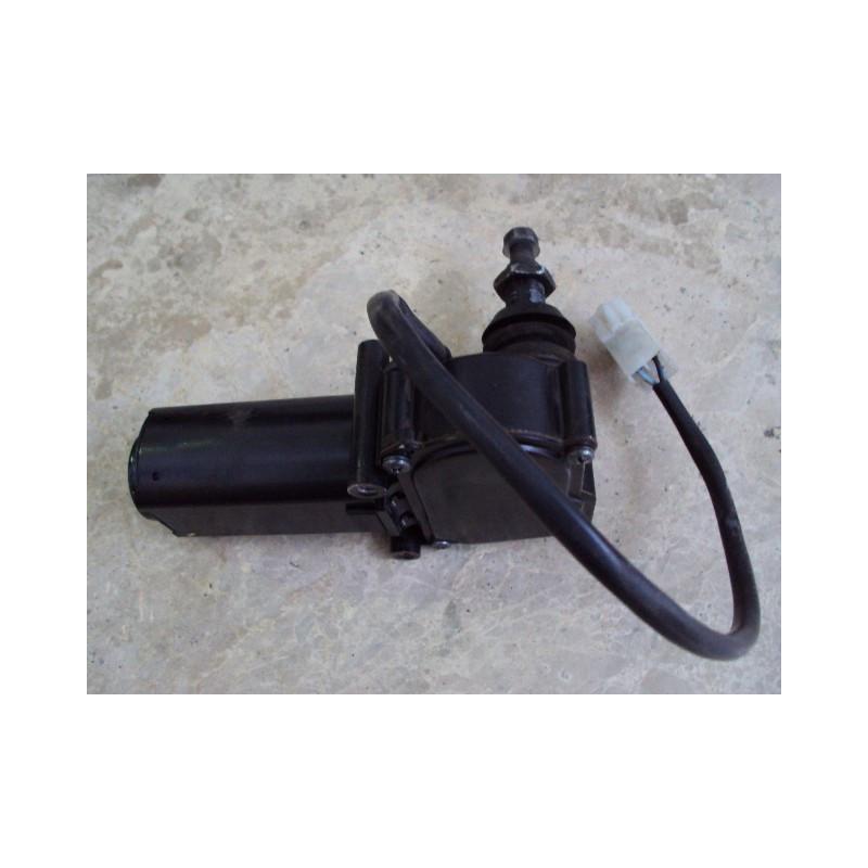 Motor eléctrico usado Komatsu 421-56-H0R14 para WA500-3 · (SKU: 520)