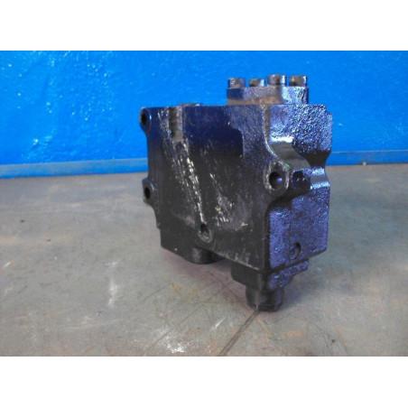 Valvula usada 425-S99-2530...