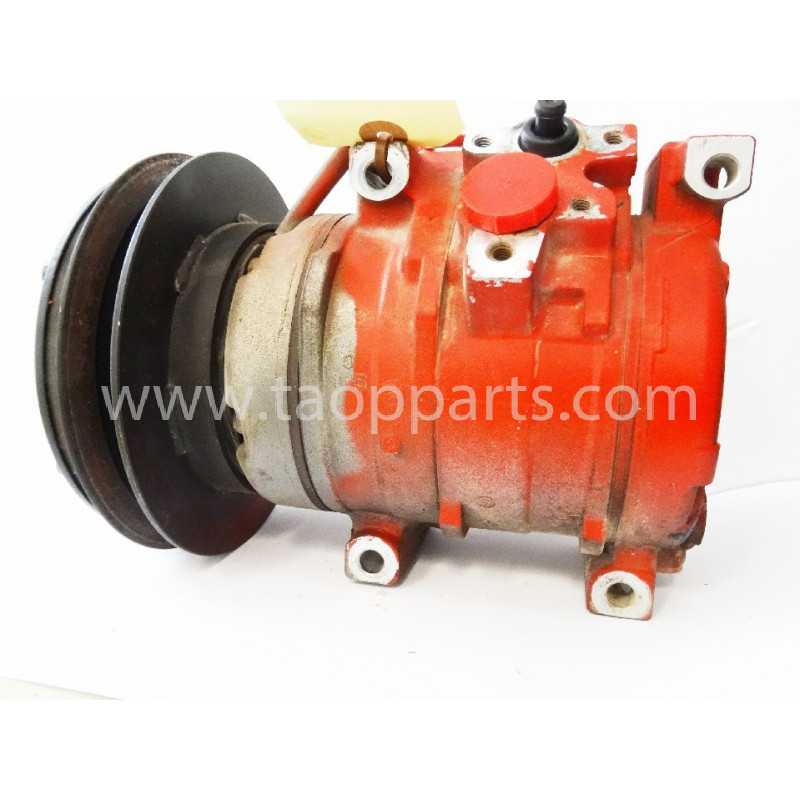 Komatsu Compressor 20Y-810-1260 for PC240NLC-8 · (SKU: 4827)