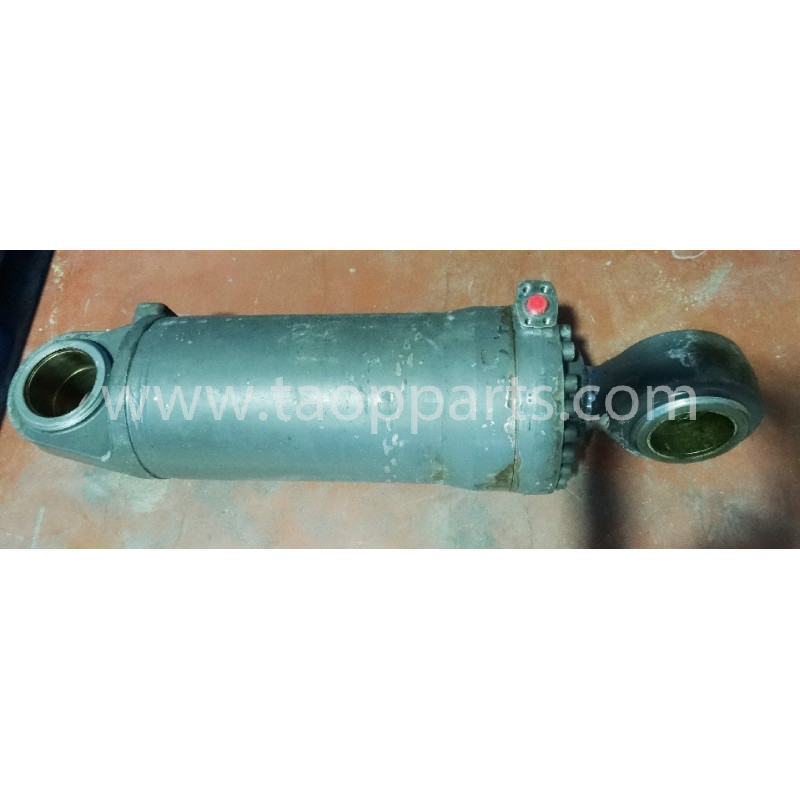 Volvo BUCKET CYLINDER 11107050 for L220D · (SKU: 4200)