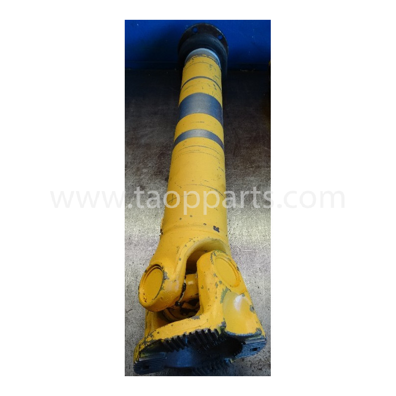 Volvo Cardan shaft 15085425 for L220D · (SKU: 4981)