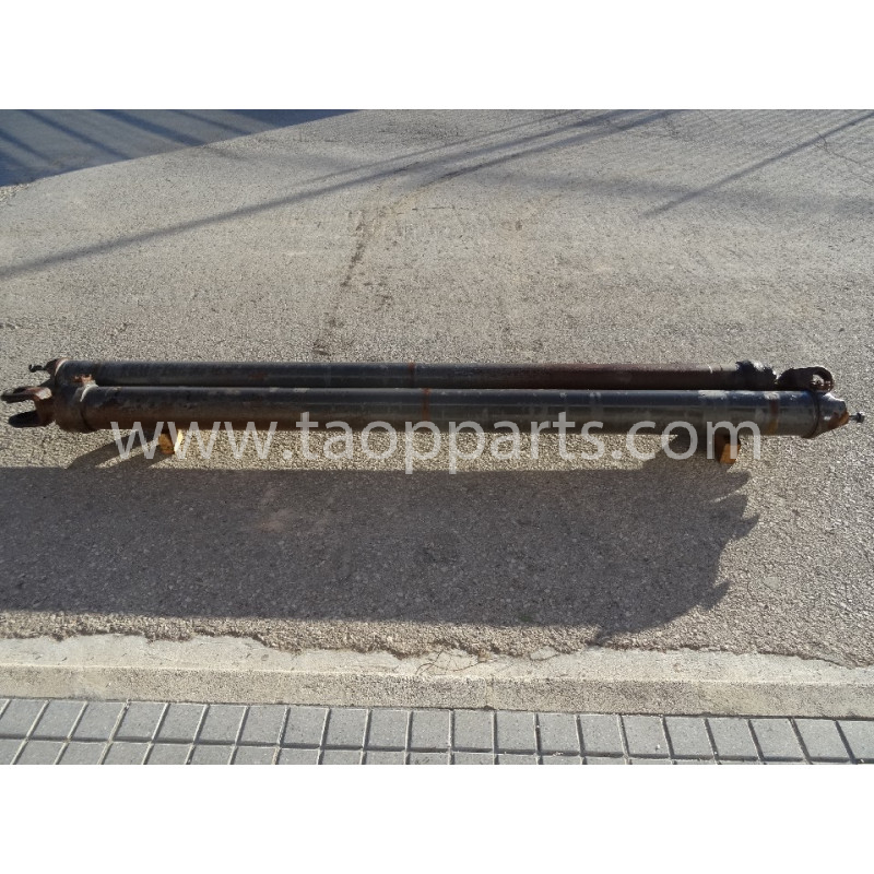 Volvo Hoist Cylinder 11149003 for A40D · (SKU: 5026)