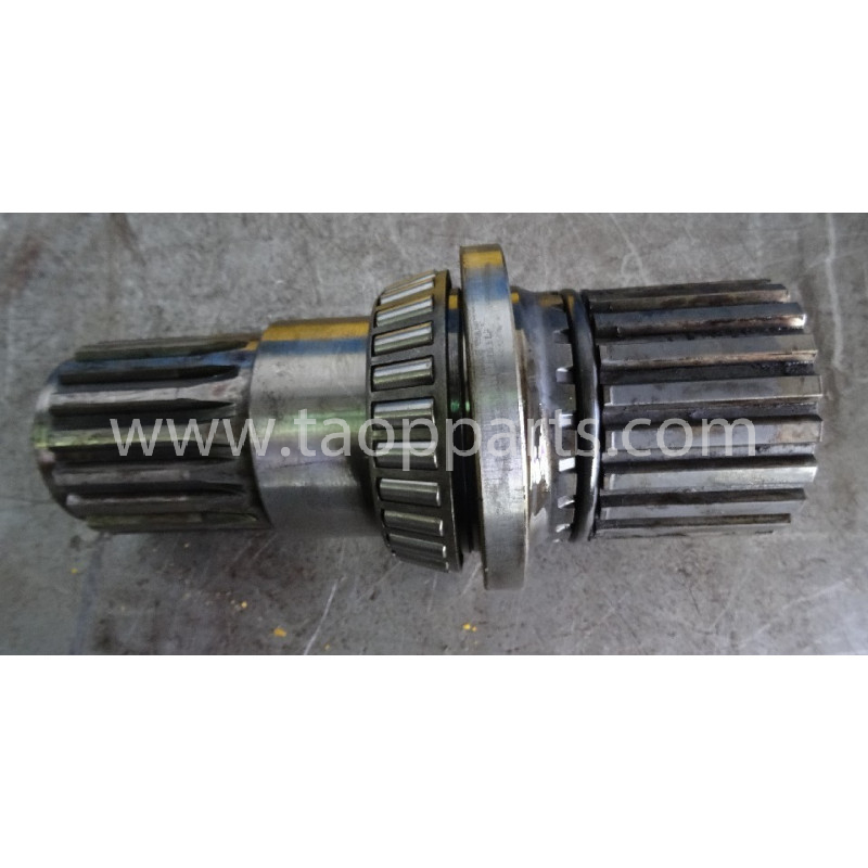 Eje de motor usado Komatsu 17A-12-11211 para D155A-3 · (SKU: 5176)