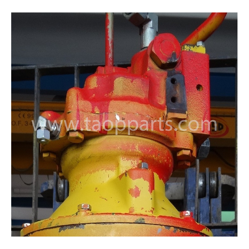 Komatsu Hydraulic engine 706-7G-01170 for PC240NLC-8 · (SKU: 4235)