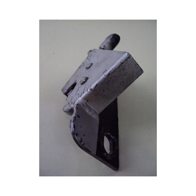 Komatsu Locks 421-03-32231 for WA470-5 · (SKU: 544)