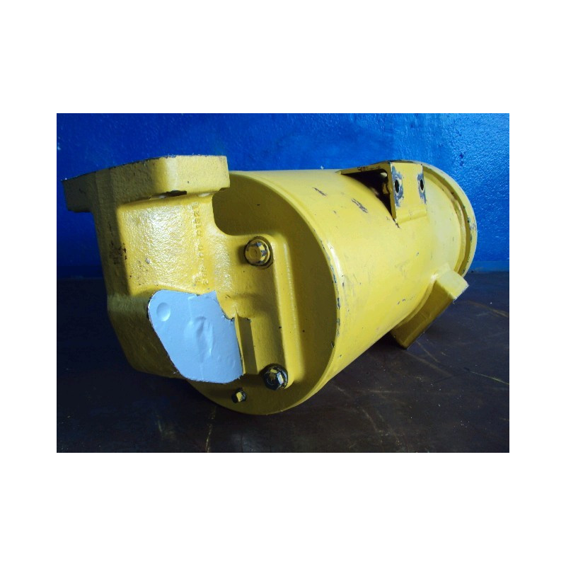 Komatsu Hydraulic Tank 208-60-61310 for PC450-6 ACTIVE PLUS · (SKU: 545)