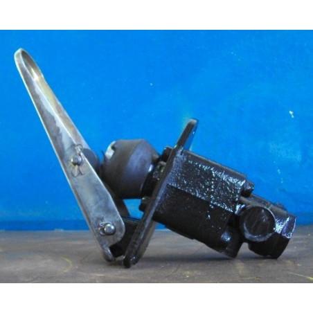 Valvula usada 421-43-27100 para Pala cargadora de neumáticos Komatsu · (SKU: 551)