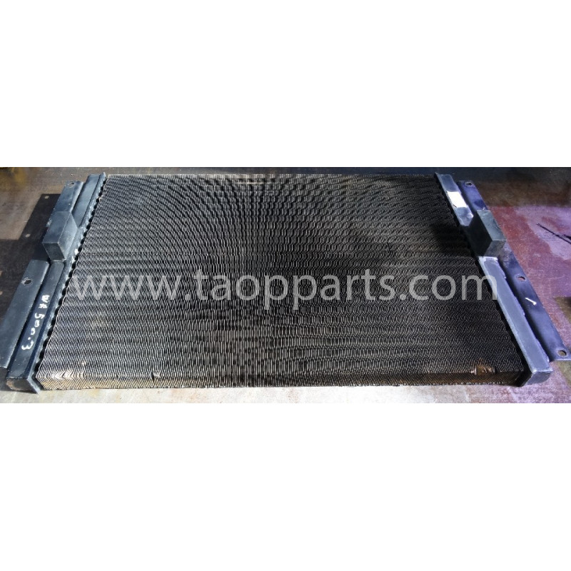 convertitore cooler Komatsu 425-03-11410 del WA500-3 · (SKU: 50499)