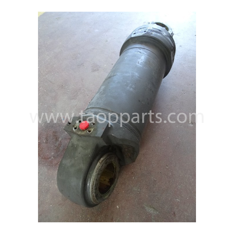 Volvo BUCKET CYLINDER 11107244 for L120E · (SKU: 4752)