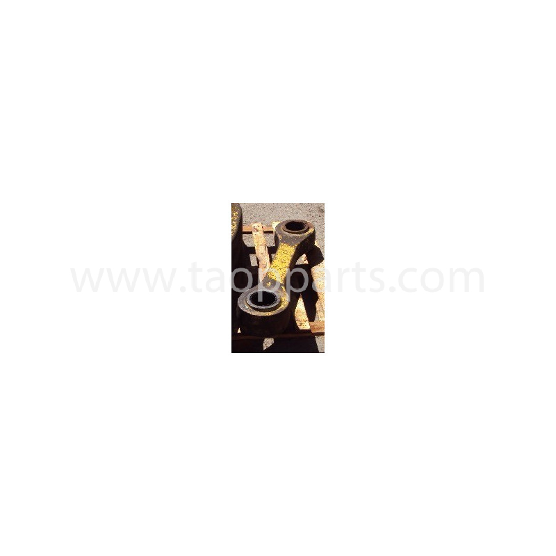 Komatsu Bucket link 425-70-H1210 for WA500-3 · (SKU: 2450)