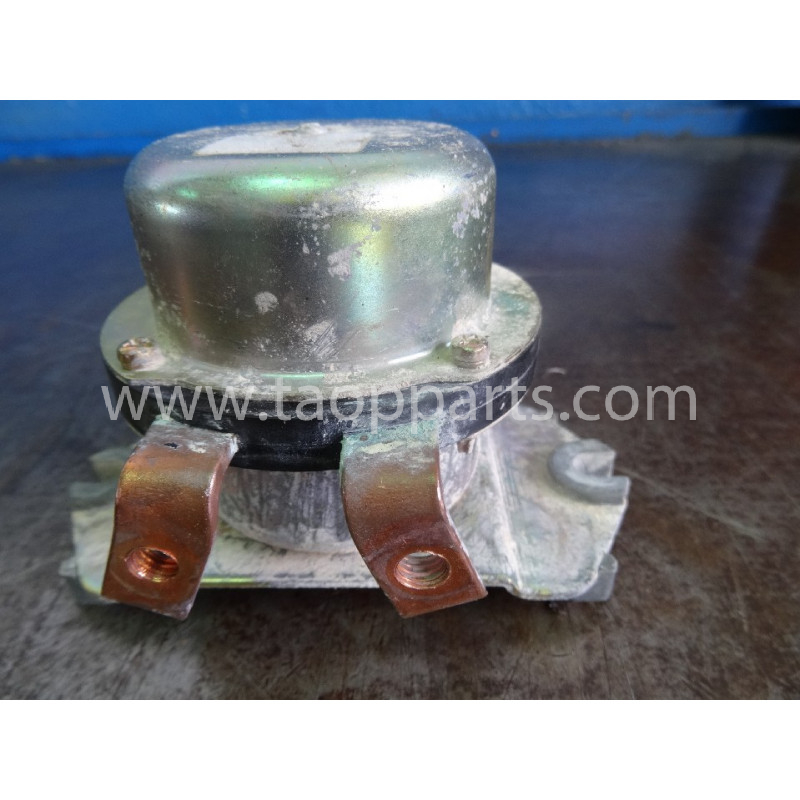 Volvo Grease pump 221037219 for L220D · (SKU: 50903)