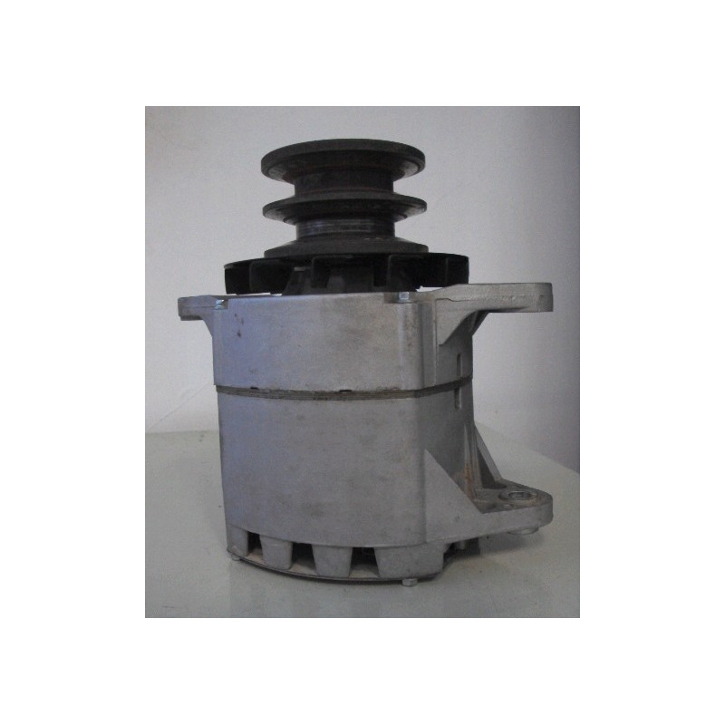 Alternador Komatsu 600-821-9690 de EXCAVADORA DE CADENAS PC450-6 ACTIVE PLUS · (SKU: 575)